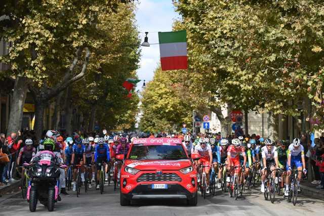 Директор Джиро д'Италия-2020: «Мы хотим, чтобы гонка доехала до Милана»