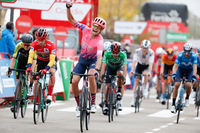 Магнус Корт - победитель 16 этапа Вуэльты Испании-2020
