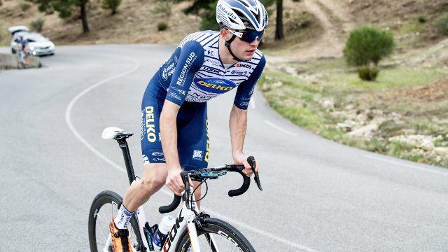 Саймон Карр – новый велогонщик команды EF Pro Cycling