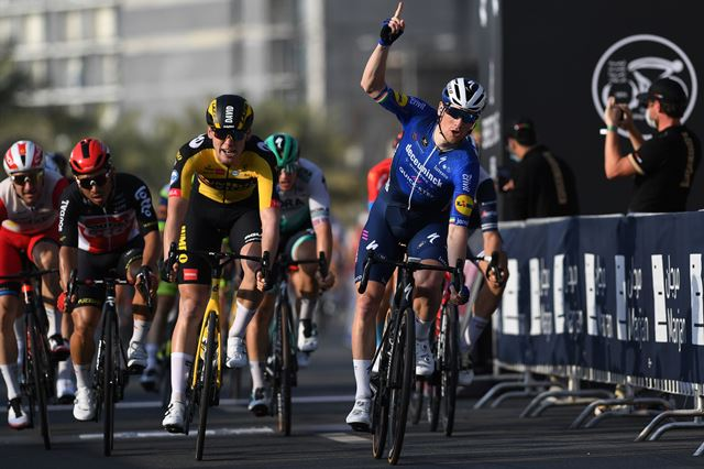 Сэм Беннетт – победитель 4 этапа Тура ОАЭ-2021