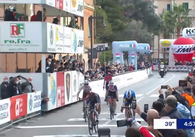 Эган Берналь – призёр Trofeo Laigueglia-2021