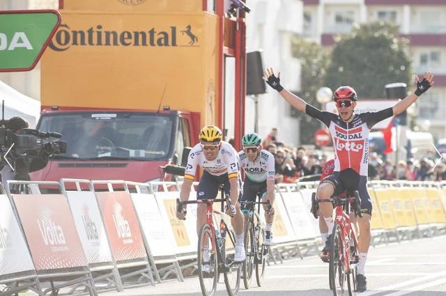 Андреас Крон – победитель 1 этапа Вуэльты Каталонии-2021