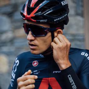 Михал Квятковски проехал три велогонки со сломанным ребром