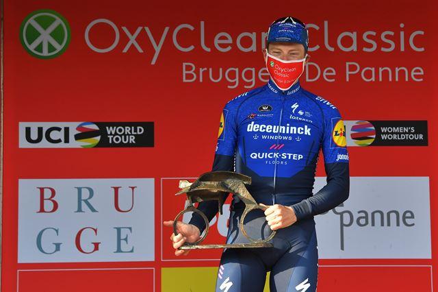 Сэм Беннетт не будет выступать в велокоманде Deceuninck-Quick Step в 2022 году