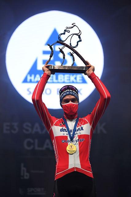 Каспер Асгрен – победитель классики E3 Saxo Bank-2021
