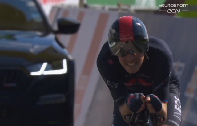 Роан Деннис – победитель пролога Тура Романдии-2021
