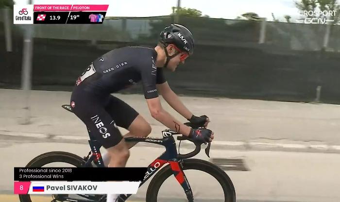 Павел Сиваков сошёл с Джиро д'Италия-2021 после падения