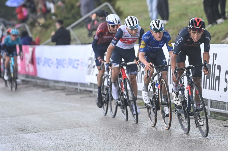 Эган Берналь, Ремко Эвенепул, Джулио Чикконе о 6-м этапе Джиро д'Италия-2021