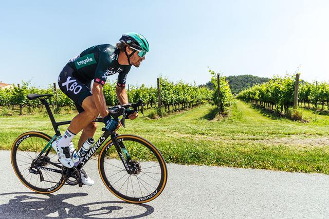 Новый дизайн велоформы команды Bora-hansgrohe на Тур де Франс-2021
