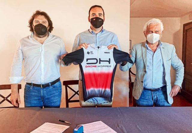 """Drone Hopper""  - новое название велокоманды Джанни Савио и Марко Беллини"