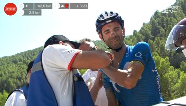 Перелом ключицы у Алехандро Вальверде после падения на 7-м этапе Вуэльты Испании-2021