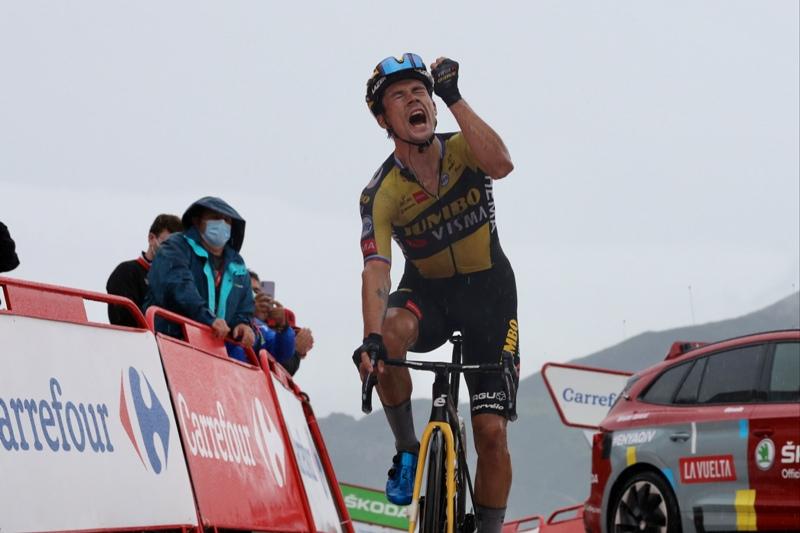 Победа Приможа Роглича на 17-м этапе Вуэльты Испании-2021 на Лагос-де-Ковадонга