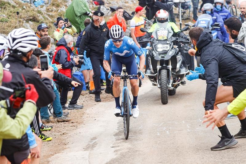 Мигель Анхель Лопес - победитель 18 этапа Вуэльты Испании-2021 с финишем на Гамонитейру