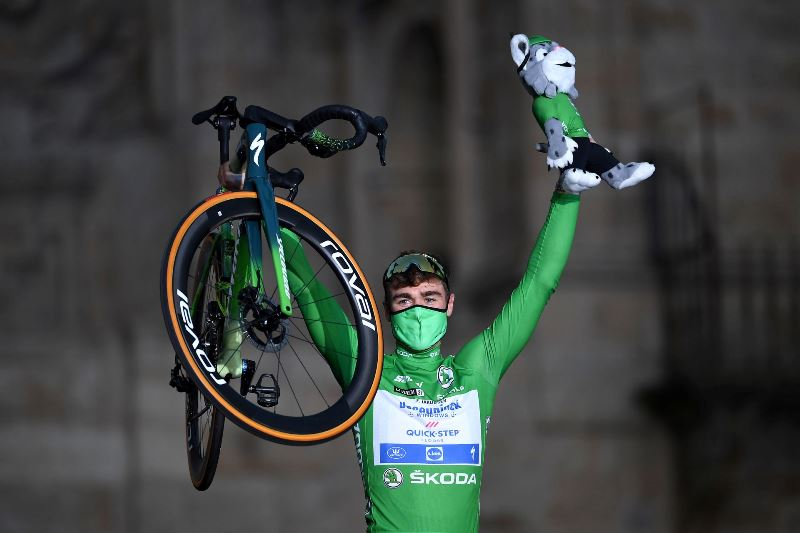 Три победы на этапах и зелёная майка Фабио Якобсена на Вуэльте Испании-2021