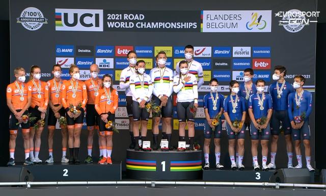 Тони Мартин завершил карьеру победой в командной гонке чемпионата мира по велоспорту-2021