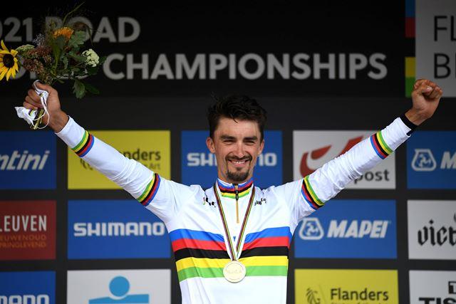 Жулиан Алафилипп – двукратный чемпион мира в групповой гонке