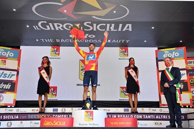 Алехандро Вальверде одержал победу после падения на Вуэльте Испании-2021